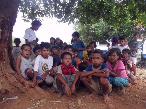Kids-waiting-for-the-Catechism-Classresized