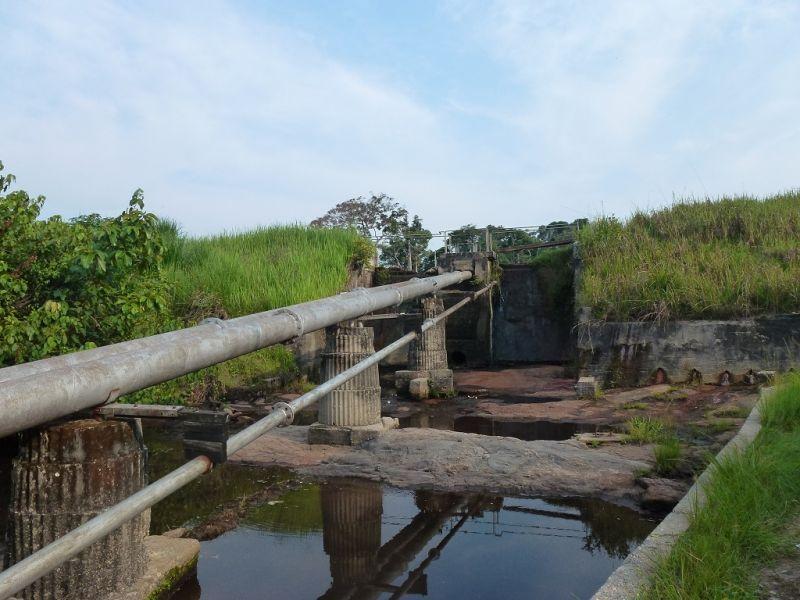 1024Visite-au-barage-construit-par-PJaak-a-la-ferme-des-salvatoriens