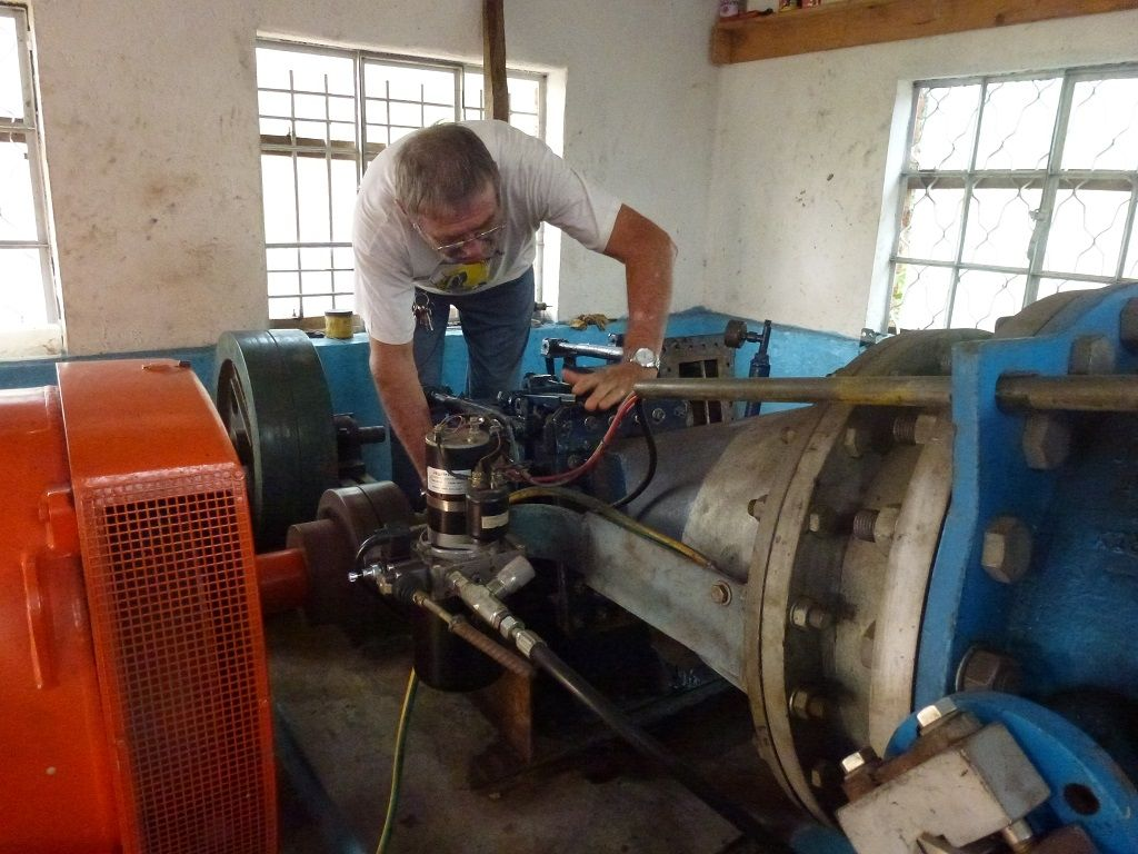 1024PJaak-fait-une-inspection-a-la-turbine